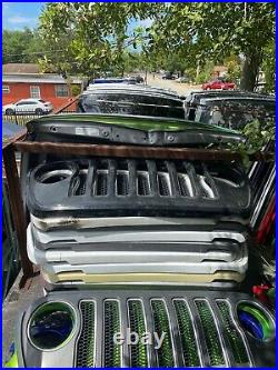 2018-2020 Jeep Wrangler JL 2018 2019 2020 OEM NEW GRILLE ALL COLORS! BRAND NEW