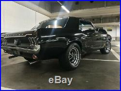 Ford Mustang 1968 Coupe 289cc 4.7 V8 Automatic. All Black & Chrome