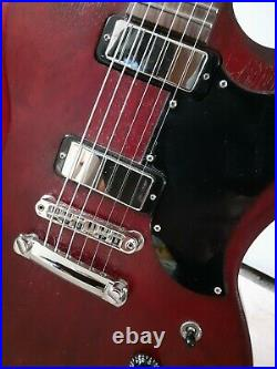 Gibson sg special 2018 with case and all candy