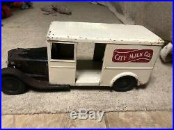 RARE VINTAGE STEELCRAFT CITY MILK CO. DAIRY MILK DELIVERY TRUCK all original