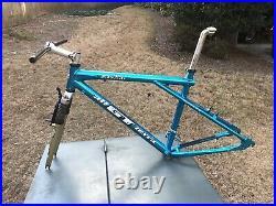 Vintage 1994 GT Zaskar Mountain Bike Frame All Terra and Rock Shox Mag 21 Fork